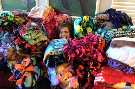 Project Warm Hugs Brings Blankets to Wonders & Worries